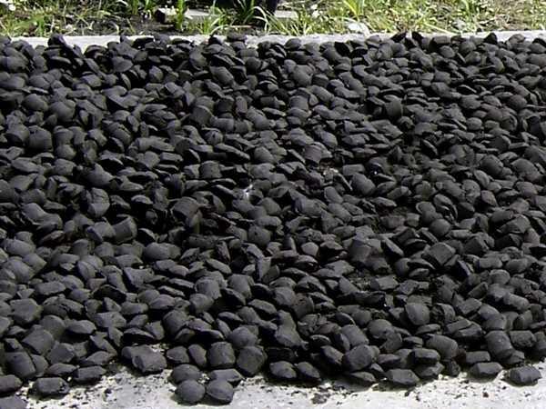 Так выглядит прессованный уголь