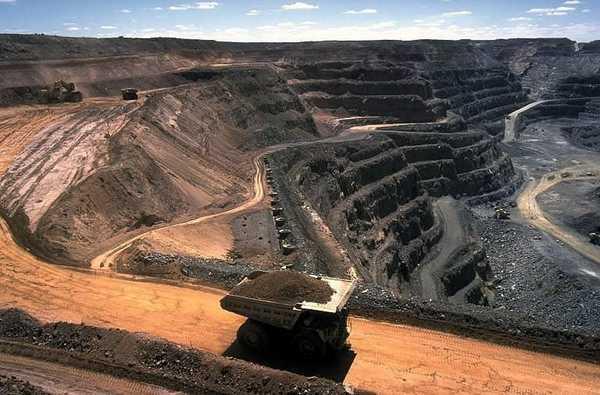 Месторождение каменного угля. Разработка открытым способом