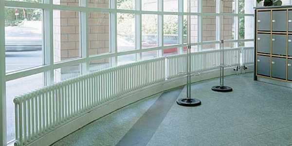 Есть много разных вариантов использования трубчатых радиаторов
