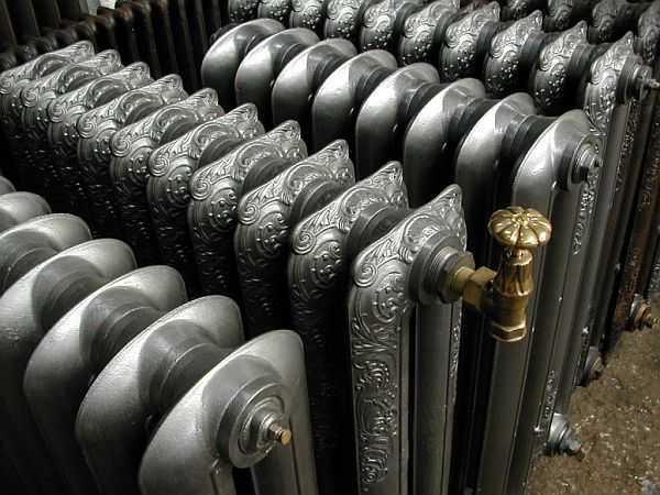 Красивые радиаторы отопления — чугун может быть очень привлекательным