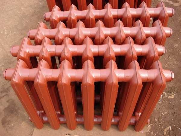 Чугунные радиаторы имеют не самую высокую теплоотдачу, обладают большой инертностью