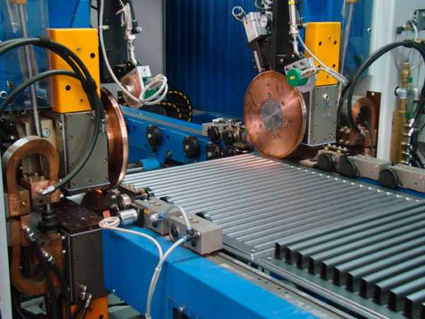 Современное производство в основном роботизировано