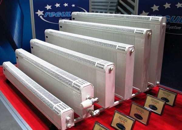 На фото медно-алюминиевые радиаторы Regulus-sistem