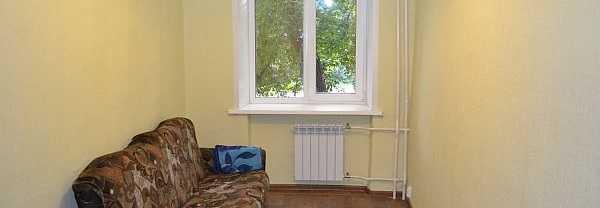 Такой радиатор, может и выдает требуемую мощность, но в комнате будут явно холодные и теплые зоны