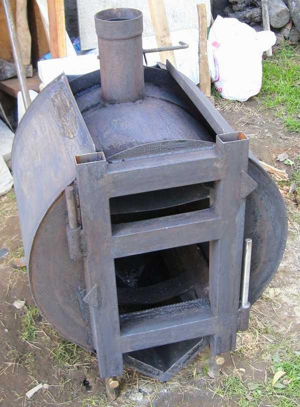 Буржуйка с улучшенной конвекцией вокруг корпуса для быстрого обогрева помещения