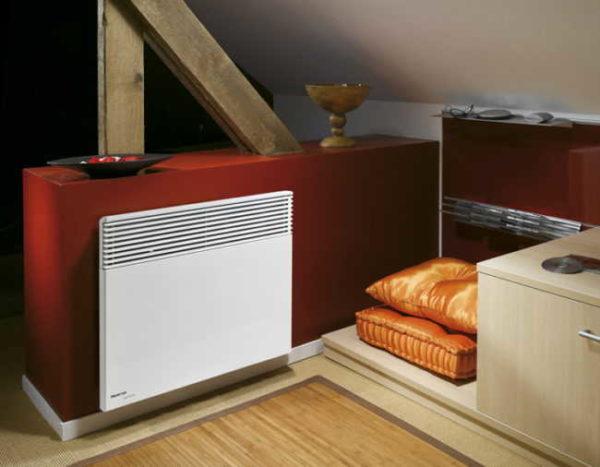 Чем хорошо конвекционное отопление - в любой момент можно добавить источников тепла или поменять их положение