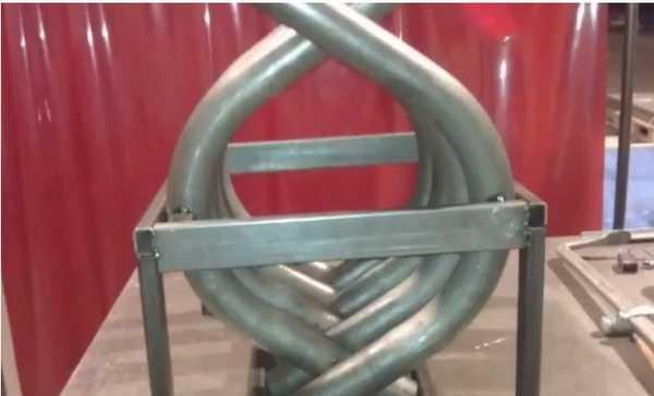 Для сборки труб можно использовать внешний каркас