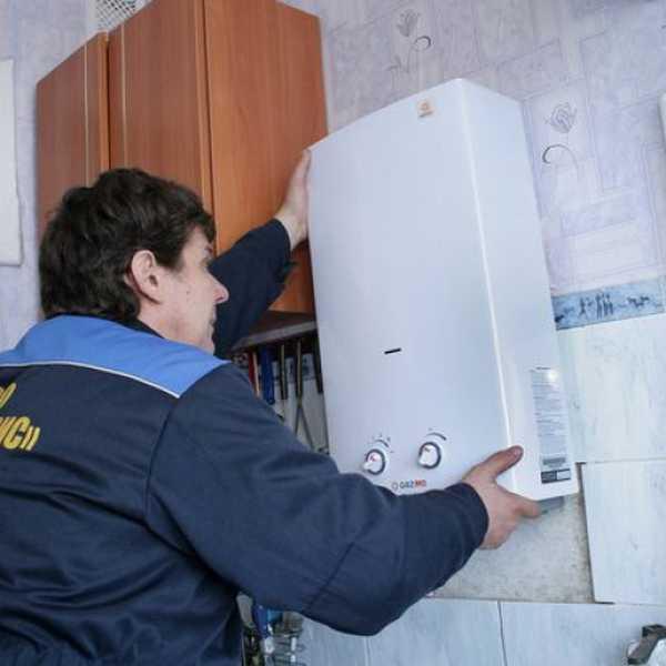 Монтаж газового оборудования должны производить работники организаций, имеющих лицензию на такой вид работ