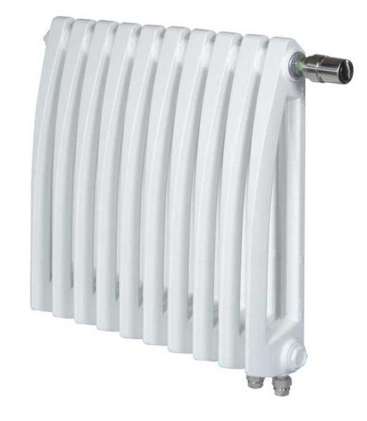 Обогревать нужно весь объем воздуха в помещении потому правильнее считать количество радиаторов по объему