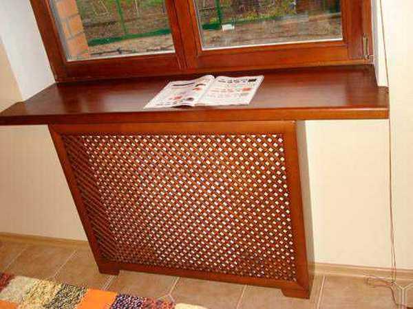 Решетка для радиатора из древесины - бессметрная классика