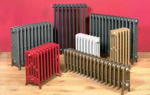 Чугунные радиаторы часто ставят на пол - вес у них немаленький