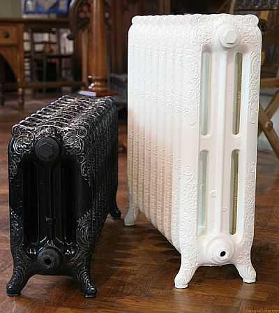 """Чугунные радиаторы в стиле """"ретро"""" часто бывают небольшими"""