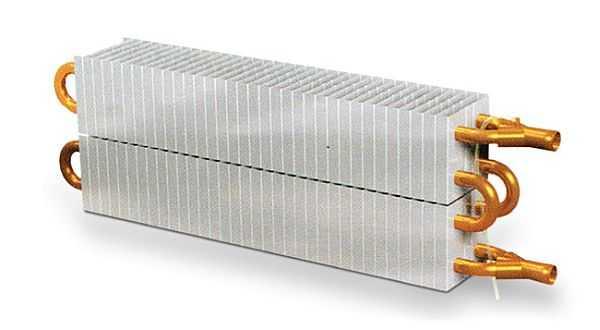 Внутри медно-алюминиевых радиаторов стоит такая или похожая конструкция