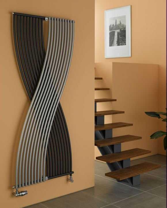 Одна из самых привлекательных моделей - вертикальный трубчатый радиатор Arbonia Entreetherm
