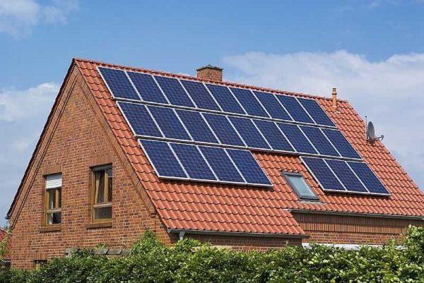 Солнечные батареи вырабатывают электричество