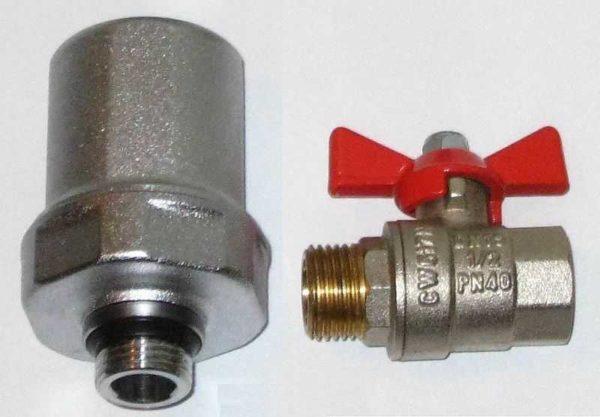 Компенсатор гидроудара - небольшое устройство (сравнение с латунным шаровым краном)