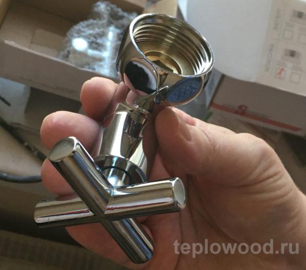Запорный угловой вентиль 3/4 дюйма для полотенцесушителя компании «Маргроид»